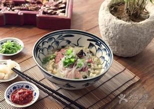 浦东食堂承包:传统羊肉泡馍的做法